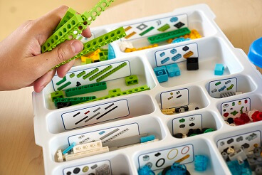 Conjunto de piezas LEGO Education WeDo en RO-BOTICA